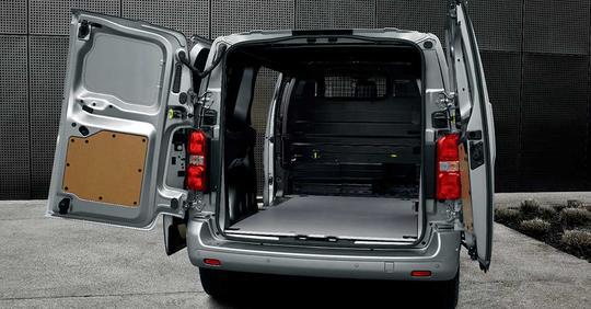 Peugeot Expert varebil interiør